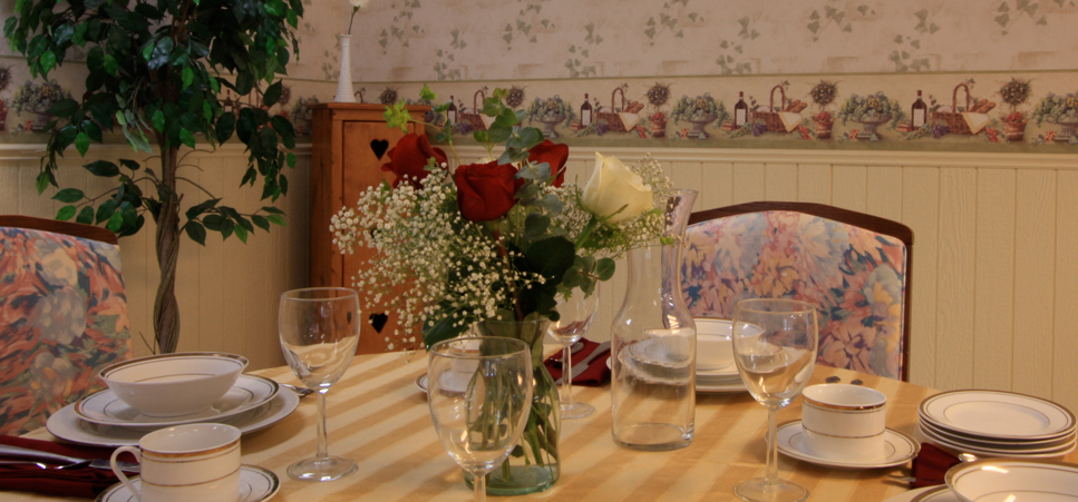 Well decorated dining room at our retirement community in Hermiston, OR 97838