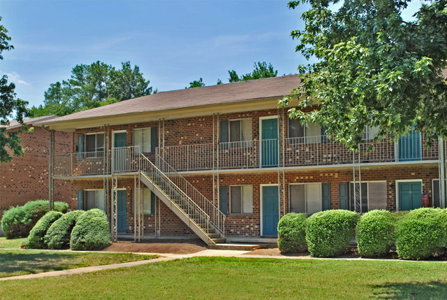 Exterior of University Lake apartments in Carrboro, NC.