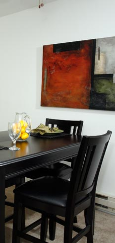 Dining room at our St. Francis apartment rentals