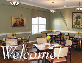 Senior dining Arbor Terrace at Cascade Assisted Living