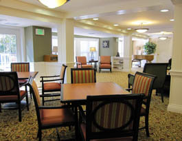 Community dining room Arbor Terrace at Chestnut Hill