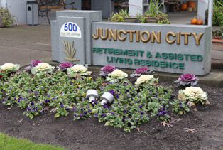 Daily Life at Junction City Retirement & Assisted Living