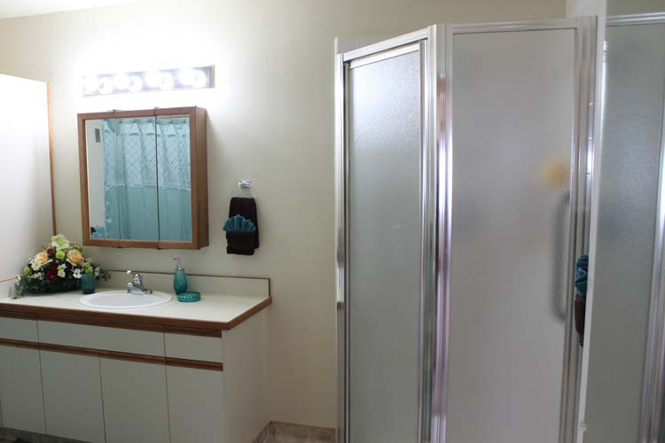 Sspacious bathrooms with safety features at Heatherwood Retirement Community, Boise retirement living