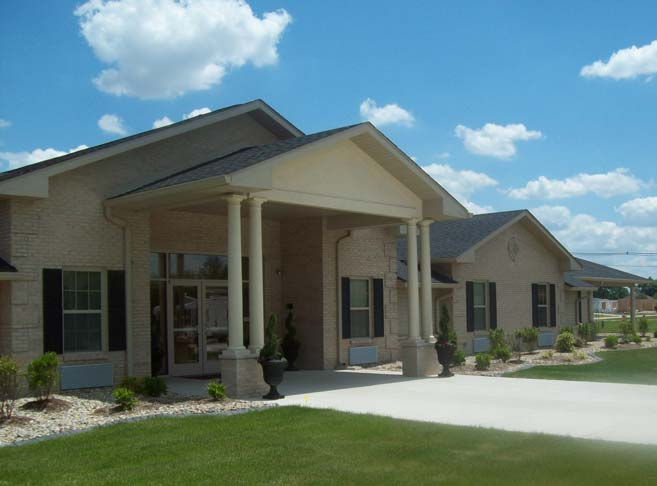 Inviting entry at our retirement community in Granite City, IL 62040