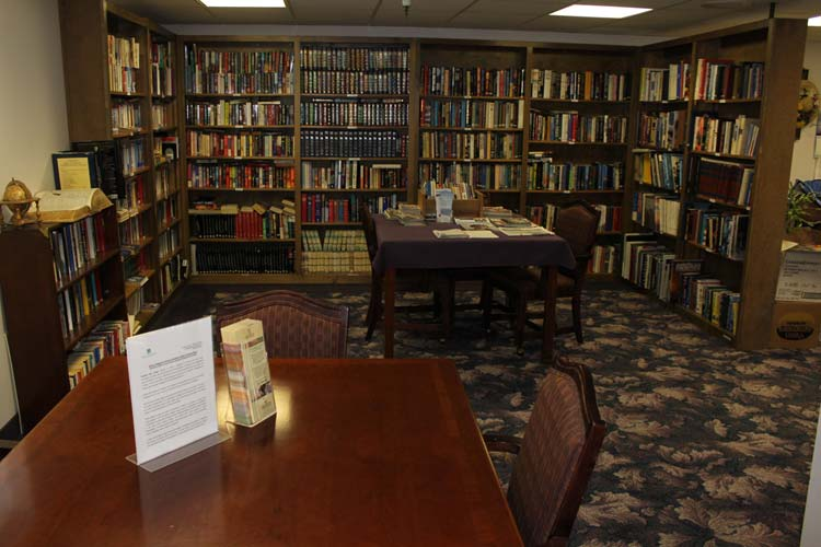 Wwell stocked library at our Junction City senior living