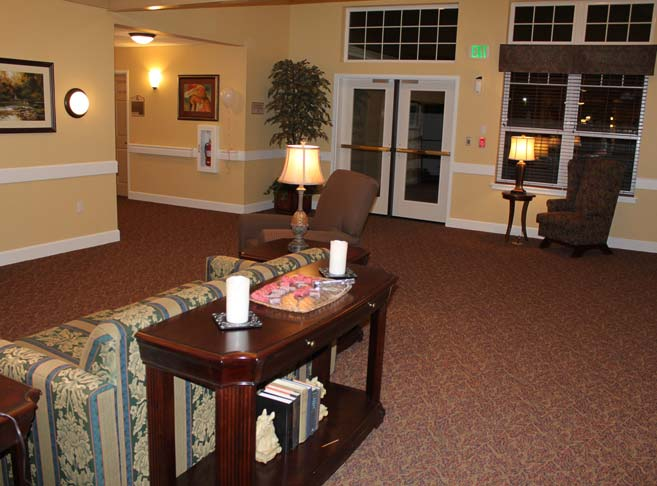 Pelican Pointe features an inviting lobby