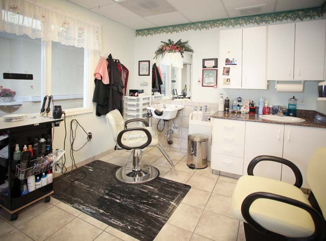 Onsite beauty salon at our Klamath Falls senior living
