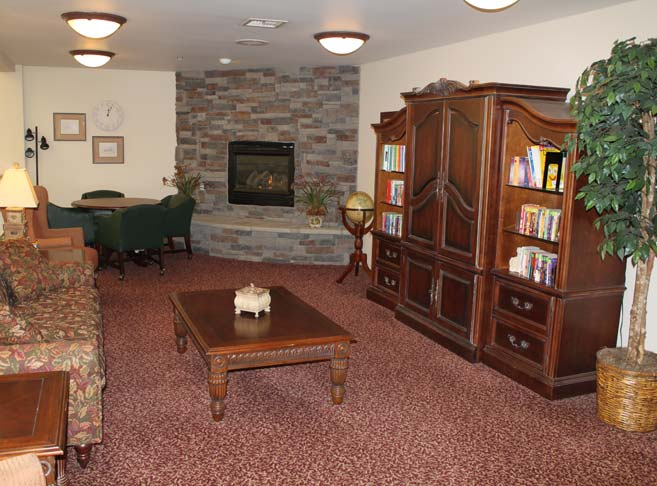 Hawks Ridge features a fireplace lounge