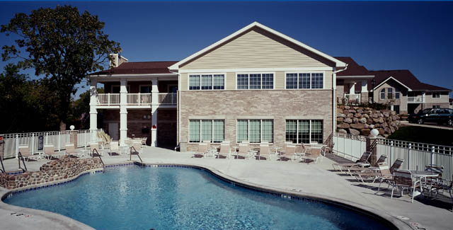 Clubhouse and pool at Stoneridge Pointe Condominiums
