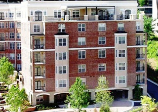 The Rocca apartments in Atlanta, GA are in a top notch location.