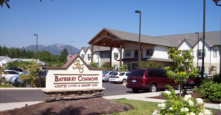 Welcoming entry at Bayberry Commons in Springfield, OR