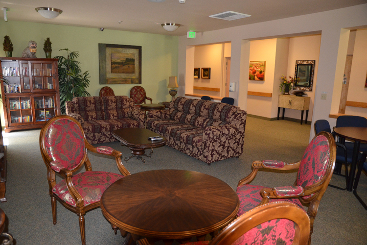 Inviting living room at Roseville senior living community