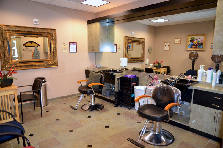 Senior hair salon featured at senior living community in Roseville, CA