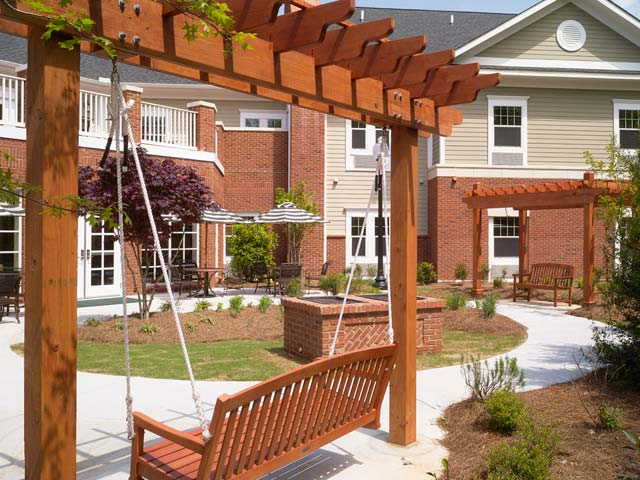 Courtyard swing