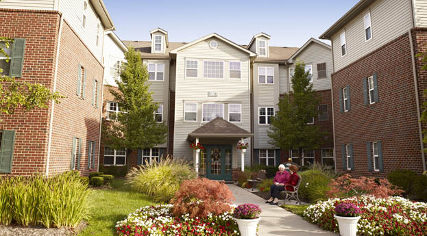 Observe the beauty of the exterior of senior living in Rochester Hills