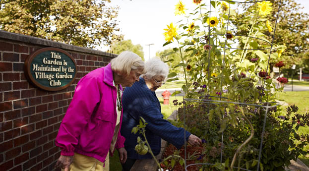 Rochester hills senior living has a blossoming garden for residents to enjoy.