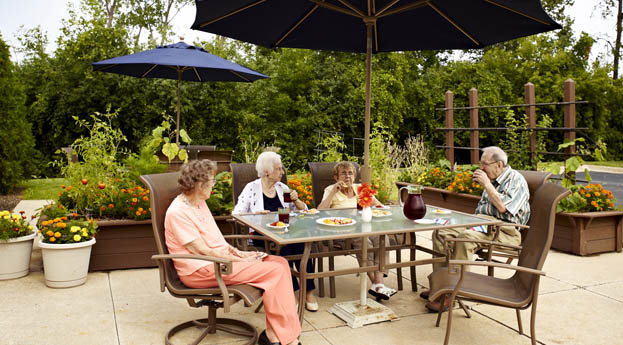 Troy senior living has a lovely patio for residents to enjoy