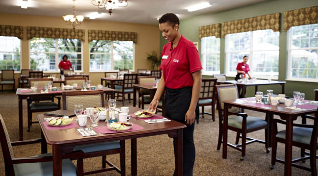 Senior living in Hazel Park has a large, friendly dining room