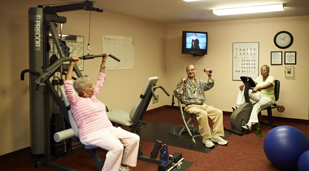 Residents have opportunities for exercise at senior living in Southfield