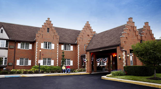 Senior living in Roseville has a beautiful brick exterior