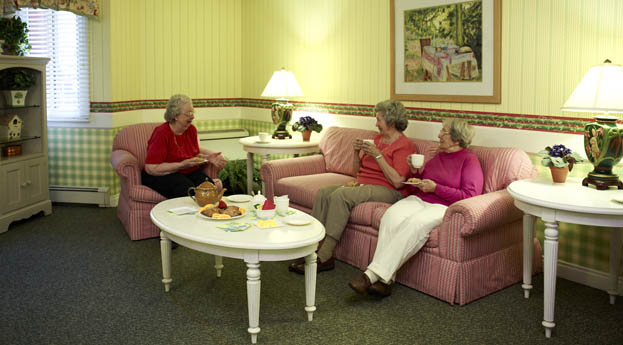 Senior living in Roseville has an active and social lobby