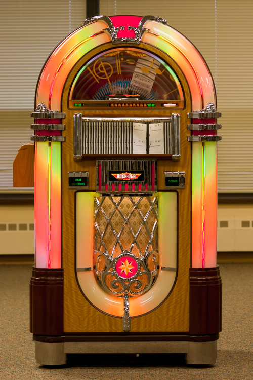 Juke box at Woodbury Senior Living community