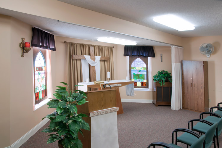 Senior chapel featured at senior living community in Woodbury, MN
