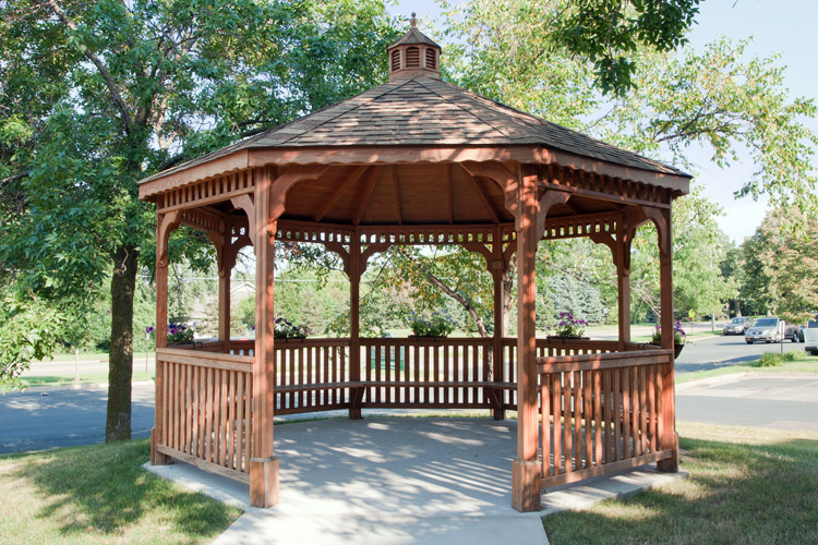 Well designed gazebo at Woodbury senior living community