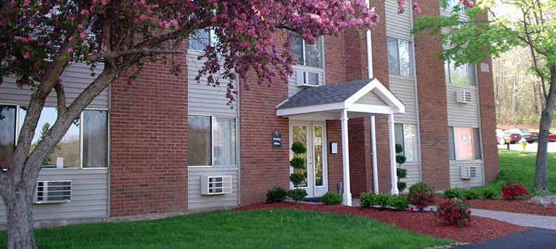 Beautifully landscaped apartments in Vernon are warm and friendly