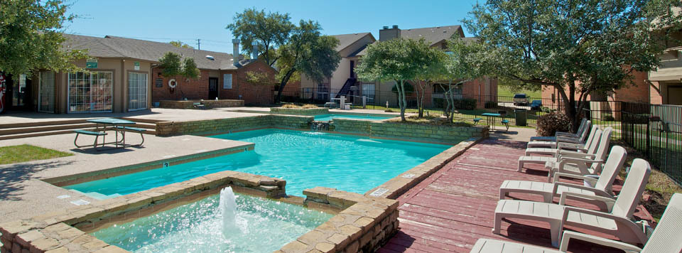 Apartments in Mesquite have a luxurious swimming pool