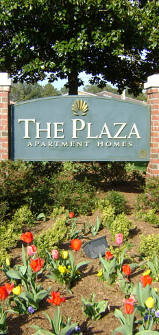 The Plaza Apartments in Virginia Beach sign