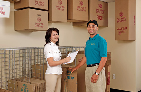 Self storage in California offers friendly and helpful attendants