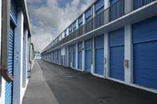 Riverview storage units have easily accessible driveways.