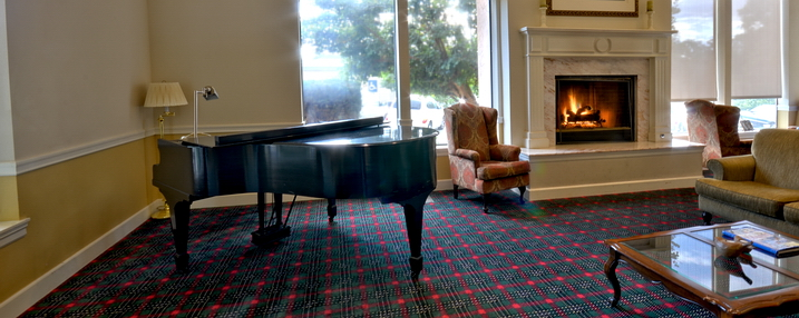 The terraces of roseville lounge piano