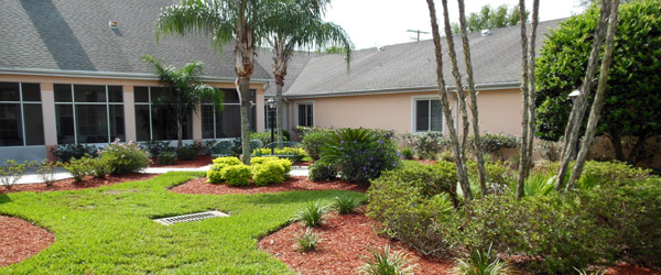 Brandon fl senior living community backyard
