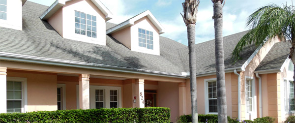 Senior living in brandon fl exterior shot