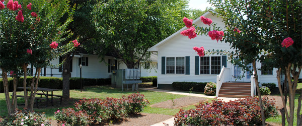 Senior living in greensboro ga