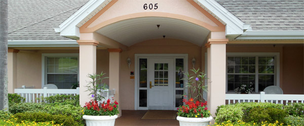 Entrance to a lakeland senior living community