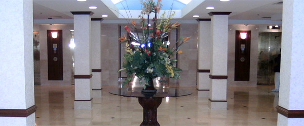 Foyer at a hollywood fl senior living community