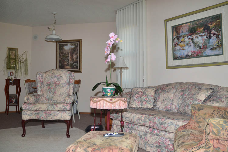 Comfortable senior care sitting room