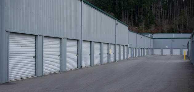 Long aisles make moving convenient at self storage in Poulsbo