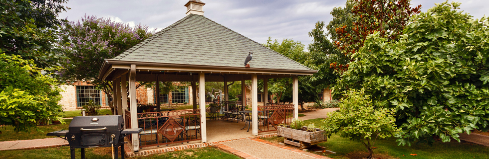 Peaceful gazebo at Settlers Ridge Care Center