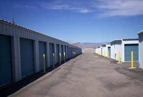 Discover your options for self storage units for rent in Cottonwood
