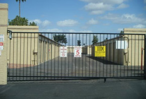 Learn about the features available at the self storage facility in Peoria