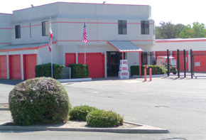 Learn about the features available at the self storage facility in Sacramento