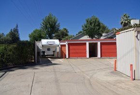 Learn about the features available at the self storage facility in Folsom
