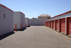 Discover your options for self storage units for rent in Elk Grove