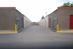 Learn about the features available at the self storage facility in Deming