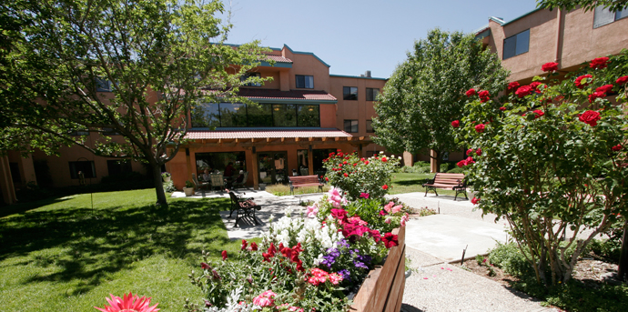 Lush courtyard at independent living in albuquerque nm