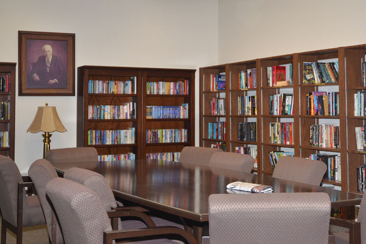 Well stocked library at Concord senior living community